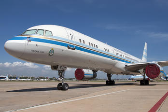 T-01 - Argentina - Government Boeing 757-200