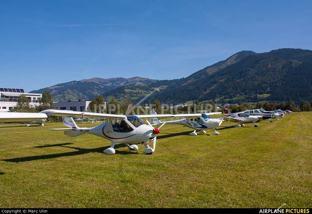- Airport Overview - aircraft at Zell am See