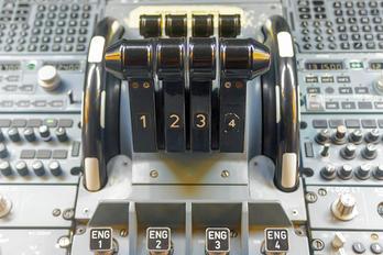4R-ADF - SriLankan Airlines Airbus A340-300