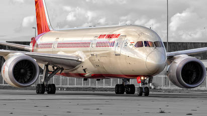 VT-ANO - Air India Boeing 787-8 Dreamliner