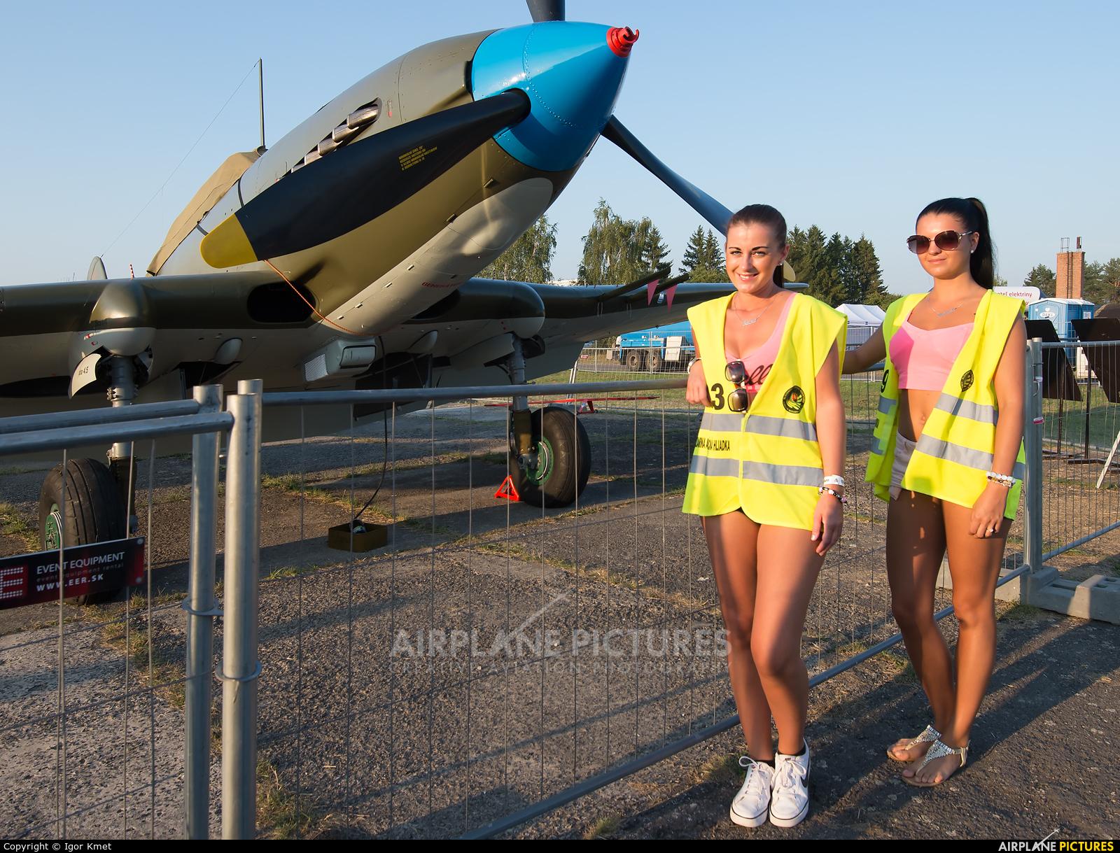 - Aviation Glamour - aircraft at Sliač