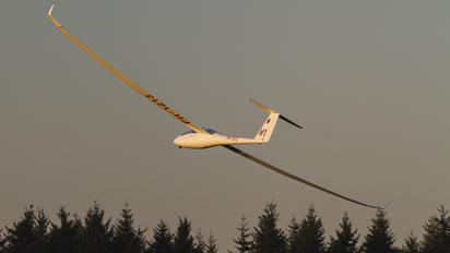 PH-1213 - ACVZ-Amsterdamse Club Voor Zweefvliegen Schempp-Hirth Duo Discus