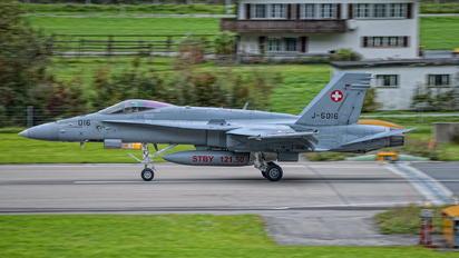 J-5016 - Switzerland - Air Force McDonnell Douglas F/A-18C Hornet