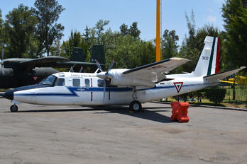 3932 - Mexico - Air Force Rockwell 690