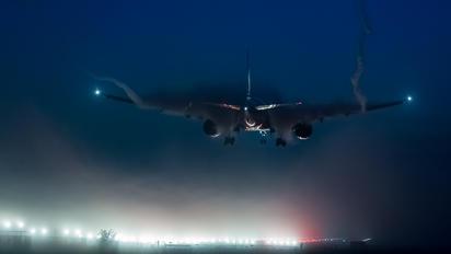 9V-SWD - Singapore Airlines Boeing 777-300ER