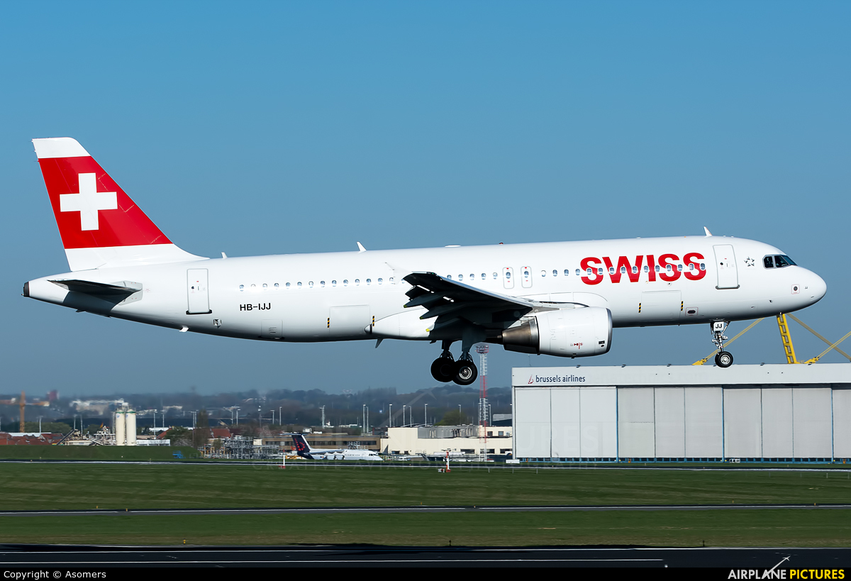 Swiss HB-IJJ aircraft at Brussels - Zaventem