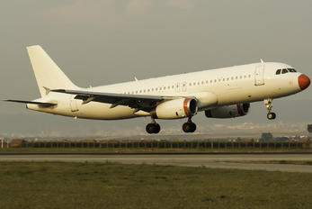 OY-RUP - Danish Air Transport Airbus A320