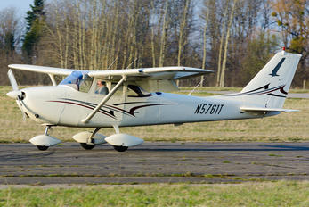 N5761T - Private Cessna 172 Skyhawk (all models except RG)