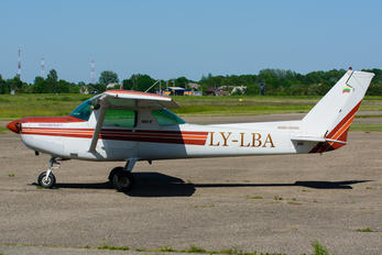 LY-LBA - Private Cessna 152