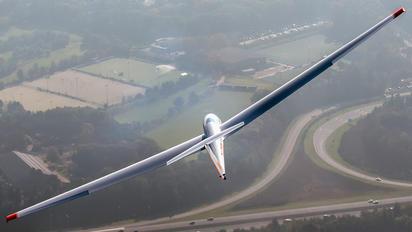 PH-1250 - ACVZ-Amsterdamse Club Voor Zweefvliegen Schleicher ASK-21