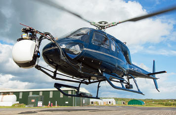 G-VONG - Private Aerospatiale AS355 Ecureuil 2 / Twin Squirrel 2