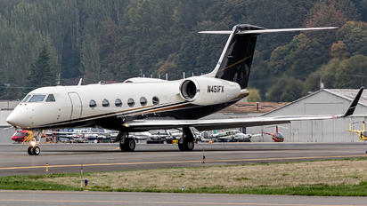 N451FX - Private Gulfstream Aerospace G-IV,  G-IV-SP, G-IV-X, G300, G350, G400, G450