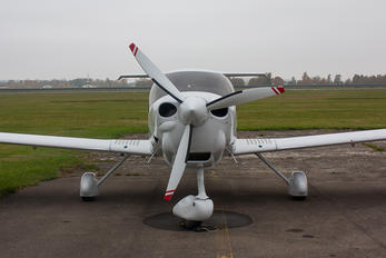 HZ-SAE - Private Diamond DA 40 NG Diamond Star