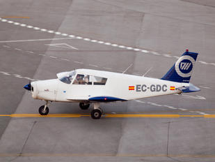 EC-GDC - Private Piper PA-28 Cherokee