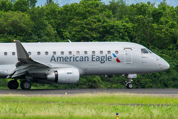 N413YX - American Eagle Embraer ERJ-175 (170-200)