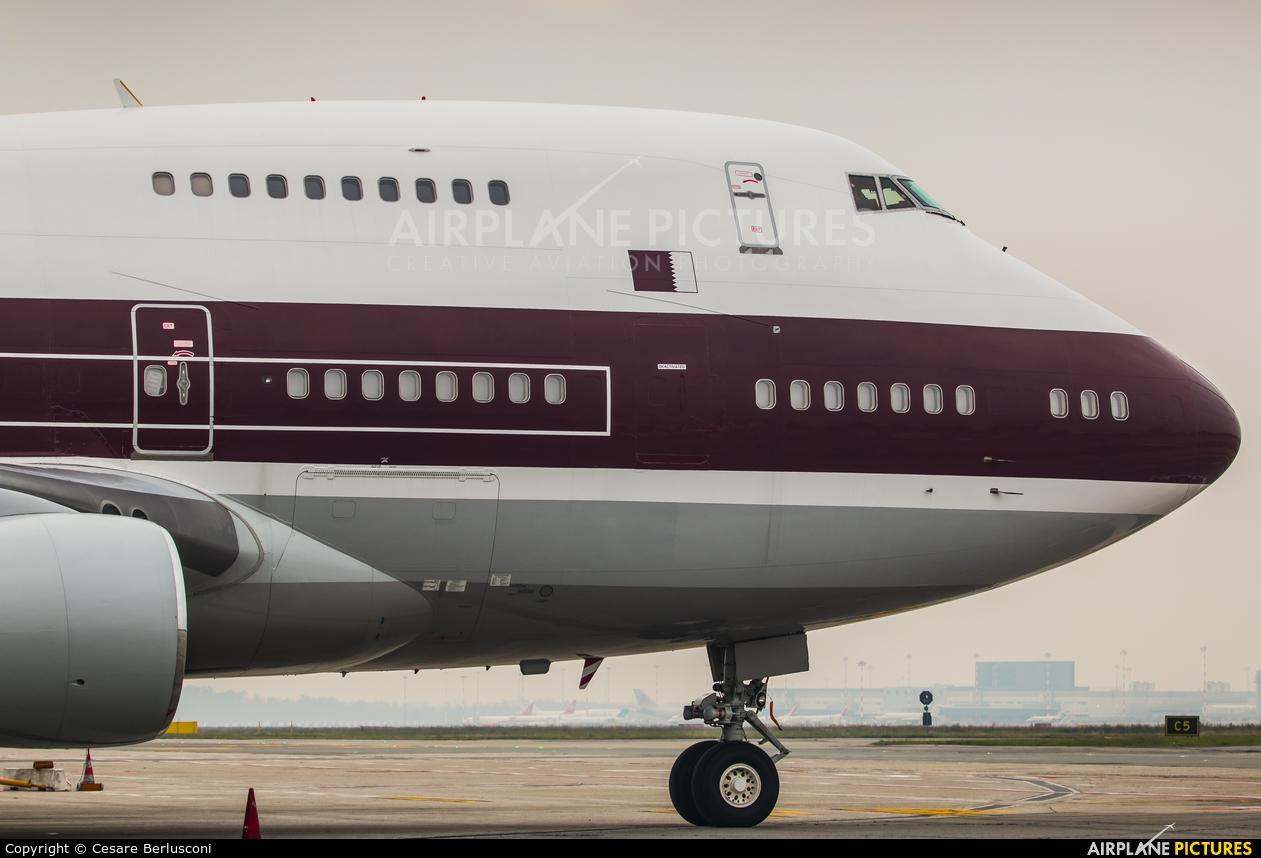 Qatar Amiri Flight VP-BAT aircraft at Milan - Malpensa