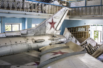 25 - U.S.S.R Air Force Mikoyan-Gurevich MiG-21F-13