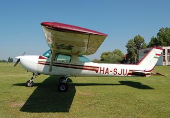 HA-SJU - Private Cessna 150