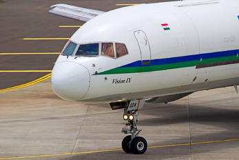 VT-BDN - Blue Dart Aviation Boeing 757-200F