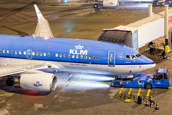 PH-BGD - KLM Boeing 737-700