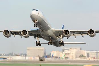 D-AIHR - Lufthansa Airbus A340-600