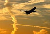 - - Ryanair Boeing 737-800 aircraft