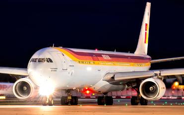 EC-IOB - Iberia Airbus A340-600