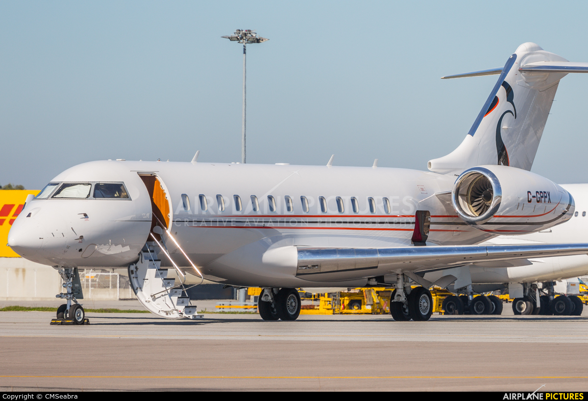 Skyservice Business Aviation C-GPPX aircraft at Porto