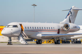 C-GPPX - Private Bombardier BD-700 Global Express