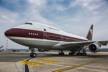 VP BAT - Qatar Amiri Flight Boeing 747SP