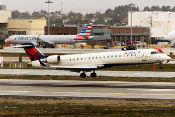 N632SK - Delta Connection - SkyWest Airlines Canadair CL-600 CRJ-702