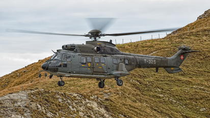 T-325 - Switzerland - Air Force Aerospatiale AS332 Super Puma
