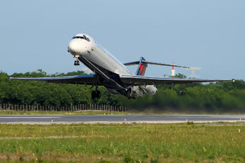 N982DL - Delta Air Lines McDonnell Douglas MD-88