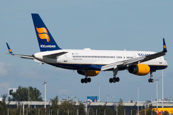 TF-FIP - Icelandair Boeing 757-200