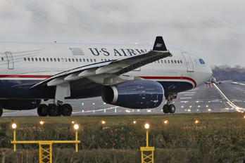 N285AY - US Airways Airbus A330-200