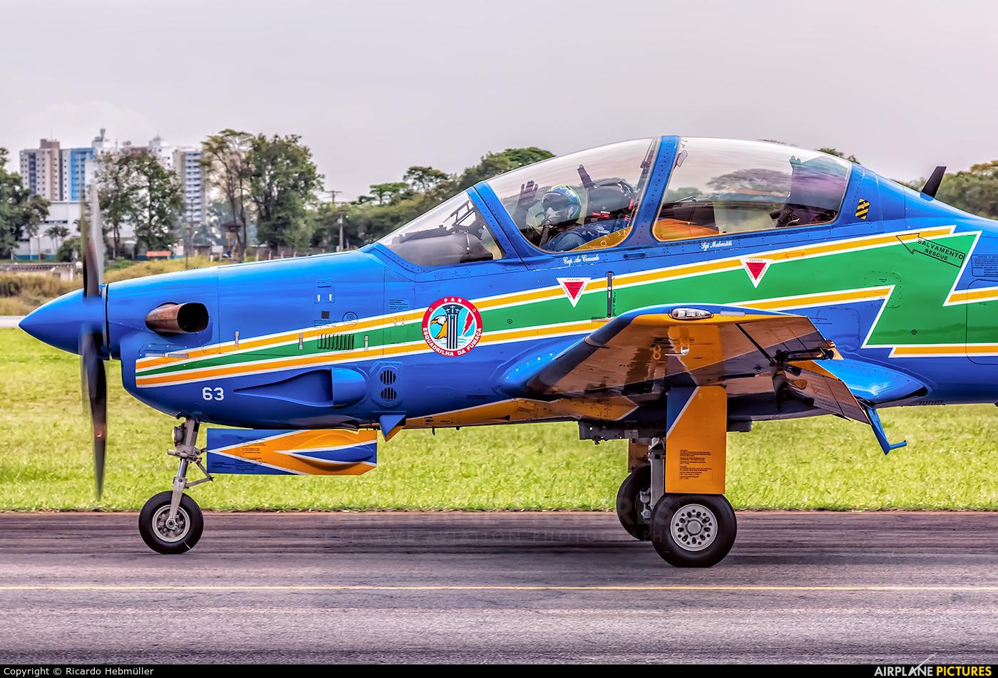 """Brazil - Air Force """"Esquadrilha da Fumaça"""" 5963 aircraft at São José dos Campos, SP"""