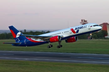 VP-BLV - AzurAir Boeing 757-200