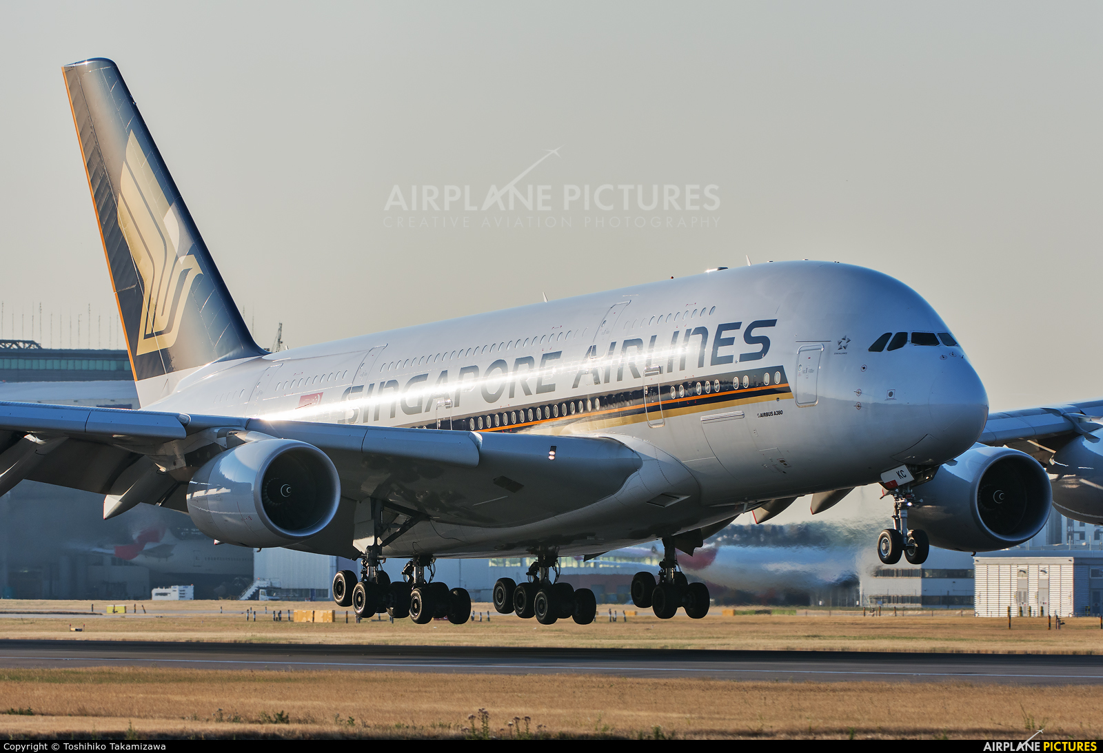 Singapore Airlines 9V-SKC aircraft at London - Heathrow