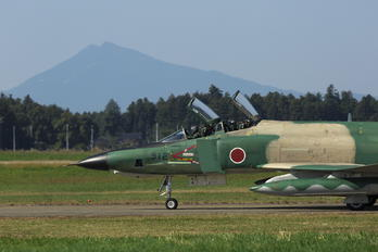 57-6912 - Japan - Air Self Defence Force Mitsubishi RF-4E Kai