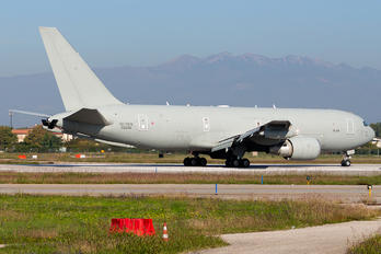62229 - Italy - Air Force Boeing KC-767A