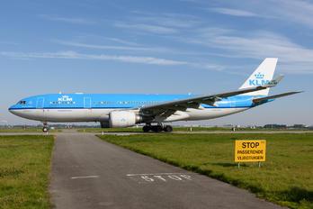PH-AON - KLM Airbus A330-200