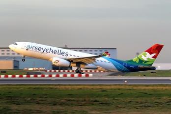 S7-ADB - Air Seychelles Airbus A330-200