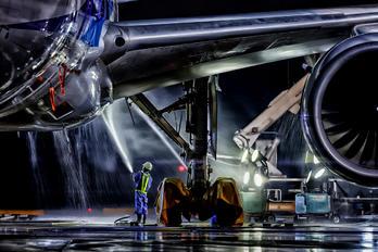 JA751A - ANA - All Nippon Airways Boeing 777-300