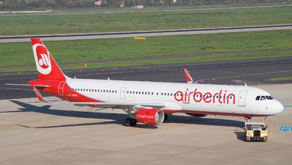 D-ABCR - Air Berlin Airbus A321