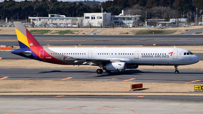 HL8281 - Asiana Airlines Airbus A321