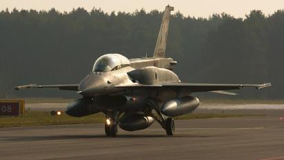 4082 - Poland - Air Force Lockheed Martin F-16D block 52+Jastrząb