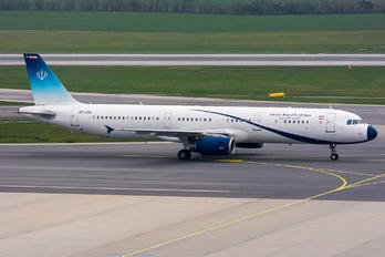 EP-AGB - Iran - Government Airbus A321