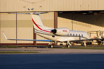 N311EL - Private Gulfstream Aerospace G-IV,  G-IV-SP, G-IV-X, G300, G350, G400, G450