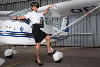 - Aviation Glamour - - Aviation Glamour - Model -