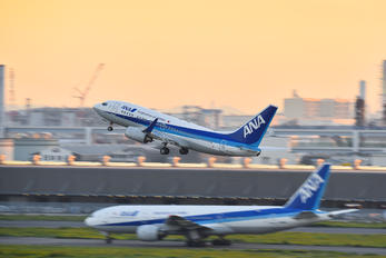 JA03AN - ANA - All Nippon Airways Boeing 737-700